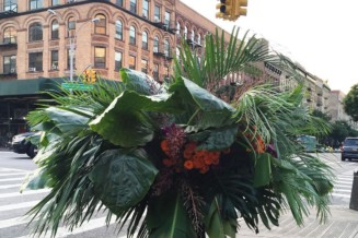 The power of flowers on New York City streets